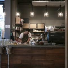 Roast Coffee & Eateryの店舗写真