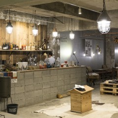 "Off-grid Cafe ""Physical""の店舗写真"