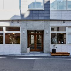 almond hostel & cafeの店舗写真